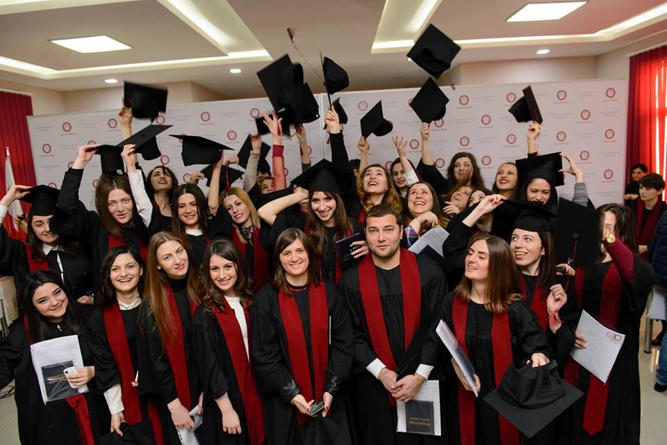 جشن فارغ التحصیلی دانشجویان دانشگاه قفقاز گرجستان