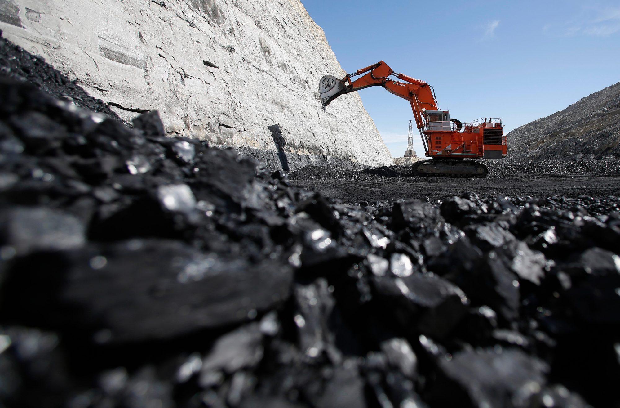 مواد معدنی و صنعتی در کشور گرجستان
