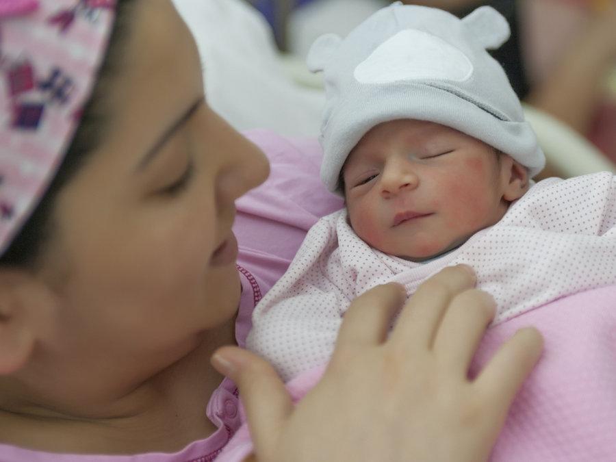 اقامت گرجستان با تولد فرزند