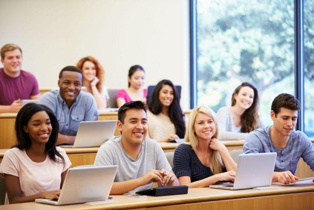 مقایسه هزینه تحصیل در آمریکا و گرجستان